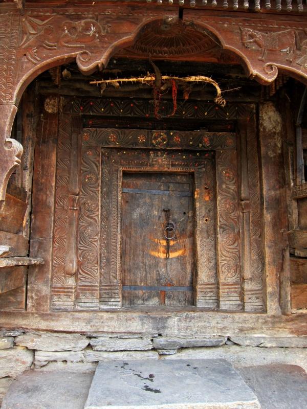 Ворота храма (внутрь не пустили)
