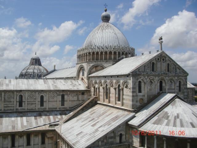 вид с башни на собор