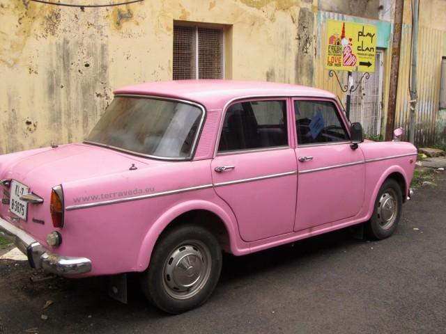 Розовый кадиллак