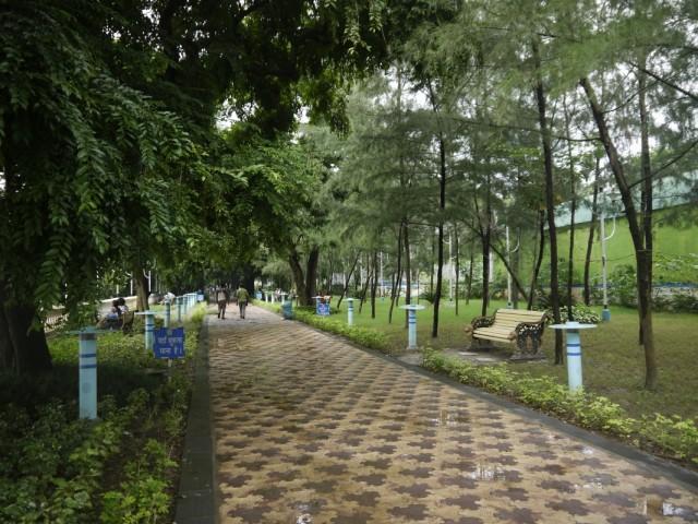 Красивые тротуары) Особенно они красивы после дождя