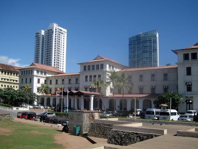 Колониальные гостиницы и новодел