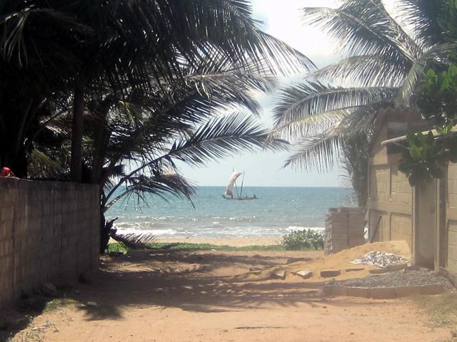 Негомбо, вид на пляж