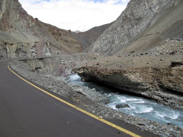 Ущелье перед впадением в Инд
