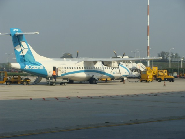 Наш самолётик в Вероне.