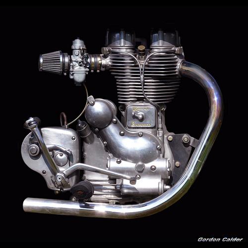 старый мотор