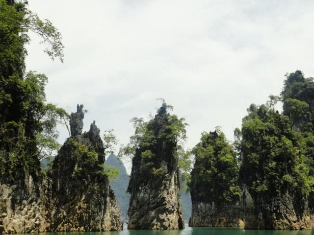 Острова на озере Чео-Лан