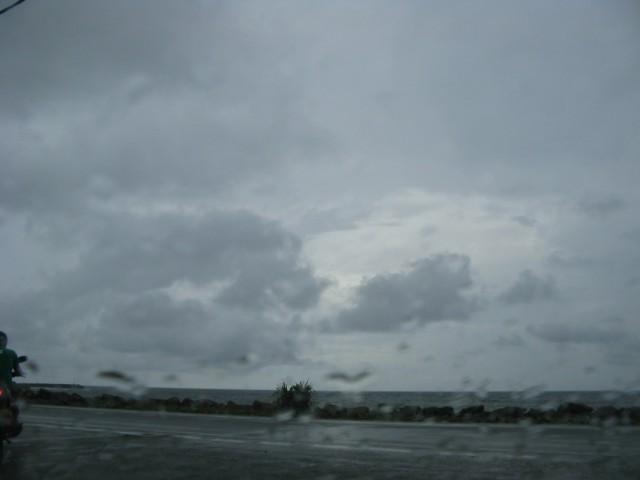 Первый вид Лаккадивского Моря, дождит...