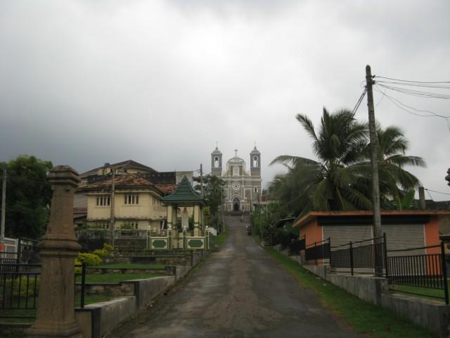 Католический храм в Гол (Галле)