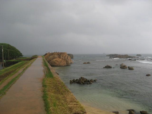 Вид с стен форта в сторону Большого Бастиона (оригинальное название у него другое %-)))