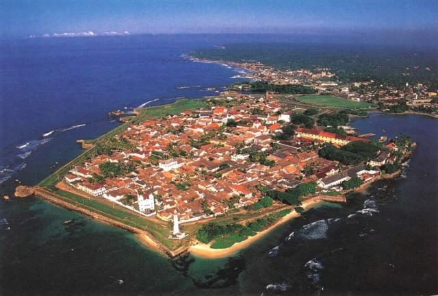 Фотка из инета. Гол (Галле) с воздуха. Угол с Маяком и Городским Пляжем