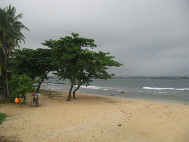 Городской Пляж Форта Гол (Галле). Когда солнце - тут куча народу)))