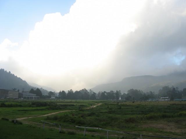 Тучка над горами