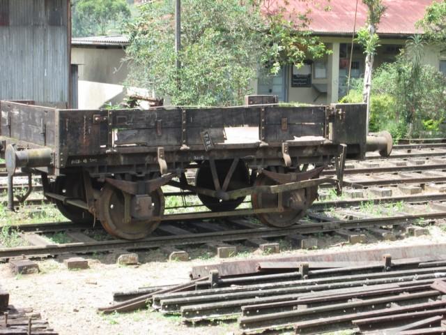Старинный вагончик-платформа
