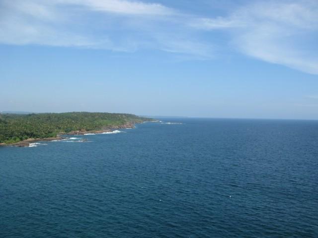 Фото из января 2011. Вид с маяка на Восток