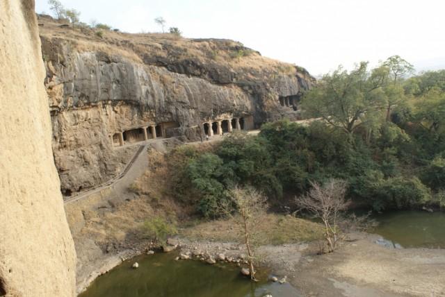 Пещеры Элоры