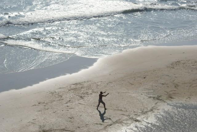 Йога на берегу океана...