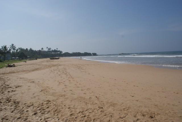 Пустынные пляжи Бентоты