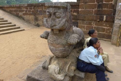 Конарк, Храм Солнца, на территории