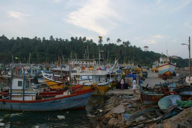 порт в Mirissa