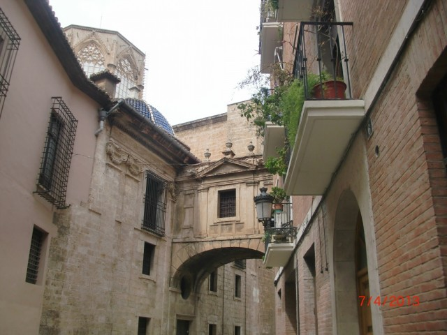Вокруг собора - старый город