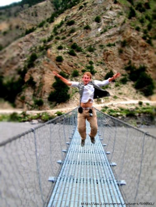 Прыжки на мостах, наше любимое развлечение...