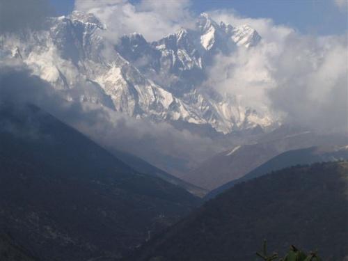 ОблакаПейзажи Непала (01) от Фло Крусчел (США, работает в Катманду 8 лет)
