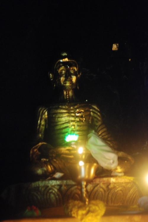 Аскетичный Будда