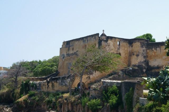 Форт Иисуса в Момбасе