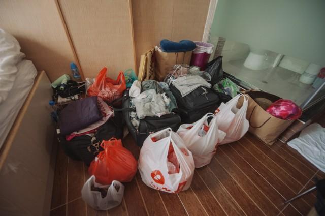 Эмм... я не знаю, как мы это все запаковали и довезли... )))