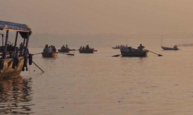 Раннее утро на Ганге