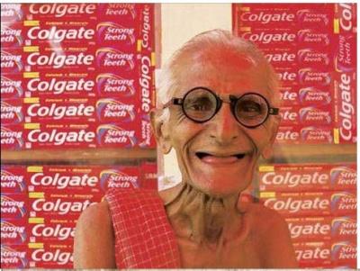 Индия: Приколы: Продавец зубной пасты