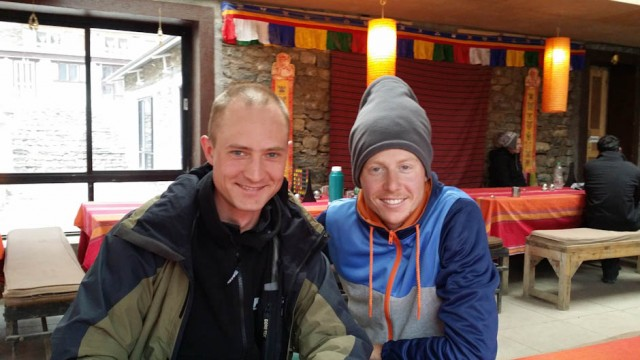 В Yak Kharka познакомился с Риком из Голландии. Он со своей подругой тоже путешествует уже более двух месяцев и вокруг Аннапурны идет неспеша.