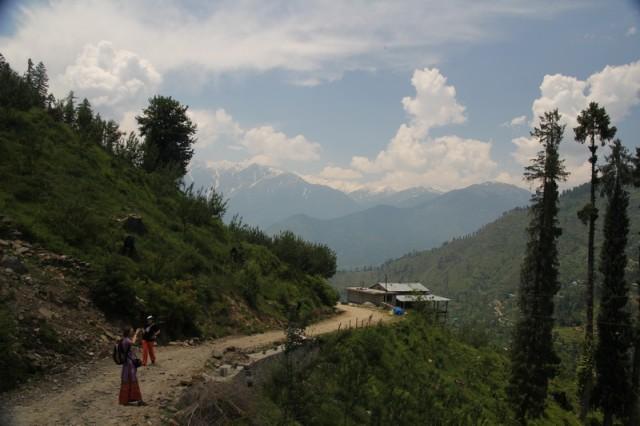 Дорога между селениями