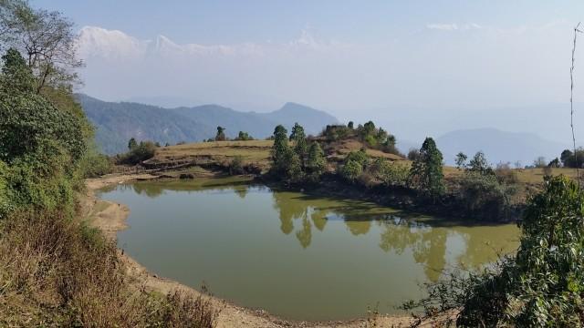 Озеро на выходе из селения Бханджанг в сторону Панчасе-пика.