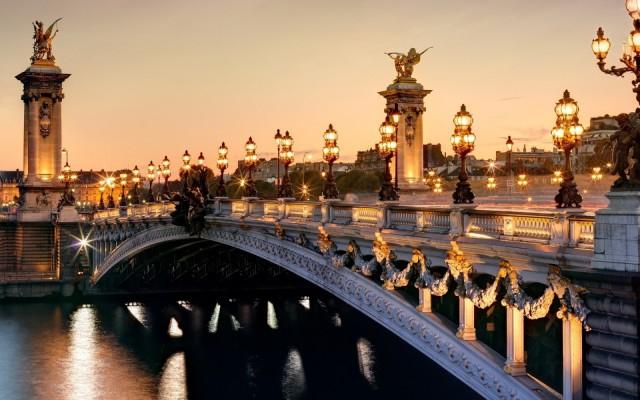 мост вечером