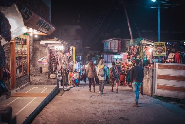 Улицы Индийской деревни Васшишт