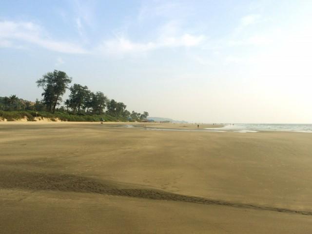 Пляж между Мандремом и Арамболем