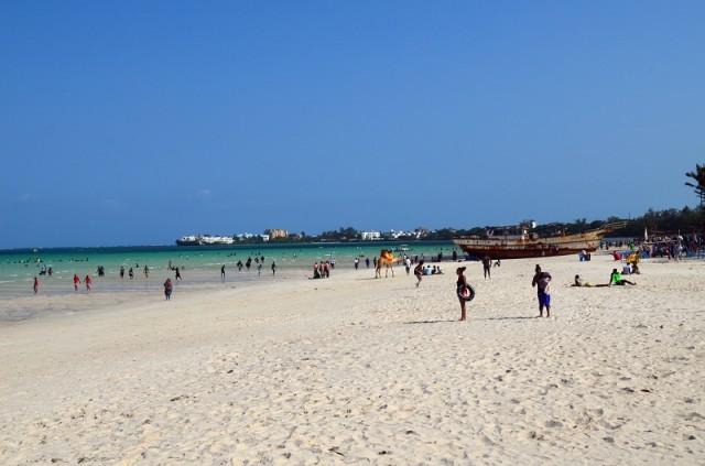 пляж бамбури
