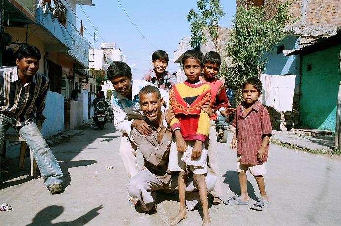 http://www.indostan.guru/forum/foto-video/253/52374_13_o.jpg