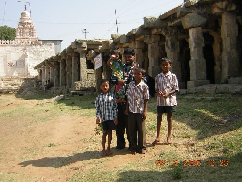 http://www.indostan.guru/forum/foto-video/253/53549_1_o.jpg