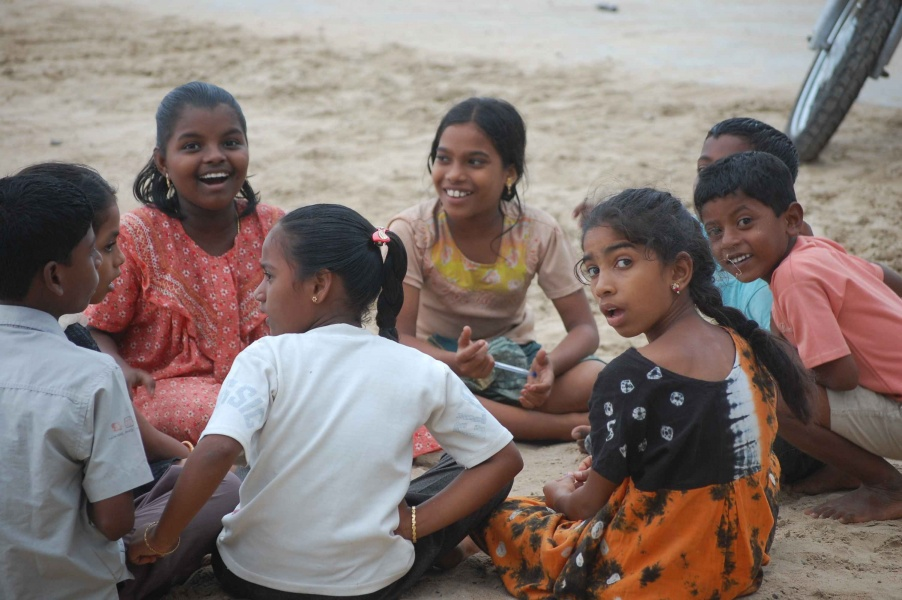 http://www.indostan.guru/forum/foto-video/253/75211_5_o.jpg