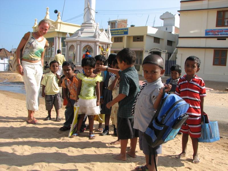 http://www.indostan.guru/forum/foto-video/253/76226_1_o.jpg