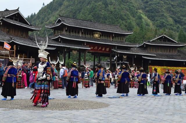 танцы мяо. фестиваль рисового самогона