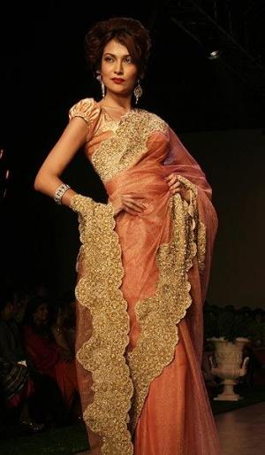 индийский дизайнерТарун Тахилиани