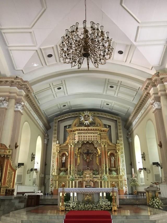 Внутри себуанского костела