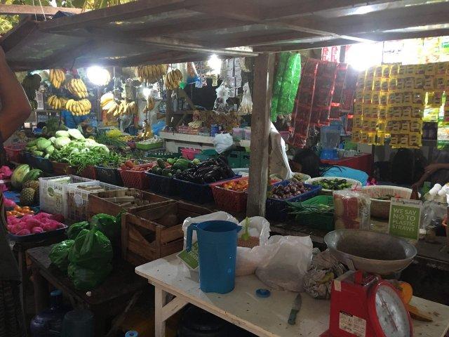 Ночной рынок в деревне