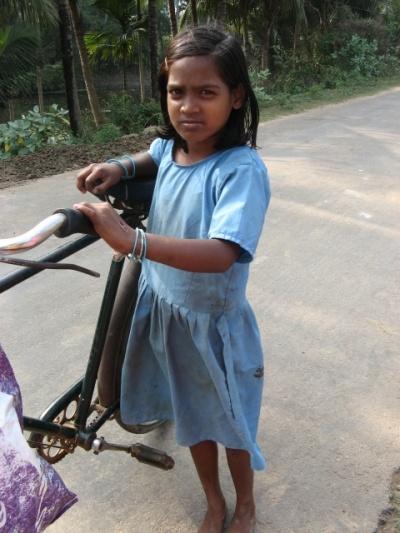 деревенская девочка