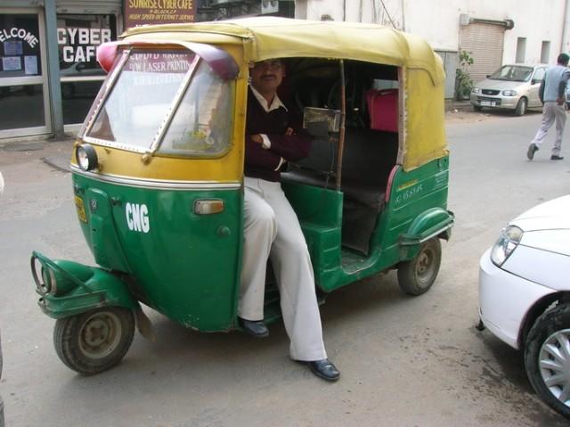 Моторикша Sanjay, Дели
