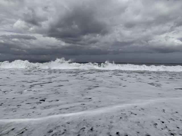 Бело-снежное море