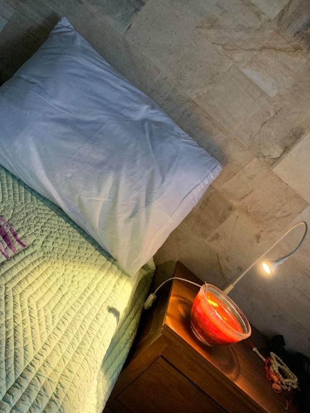 борщ нужно есть с книжкой в кровати